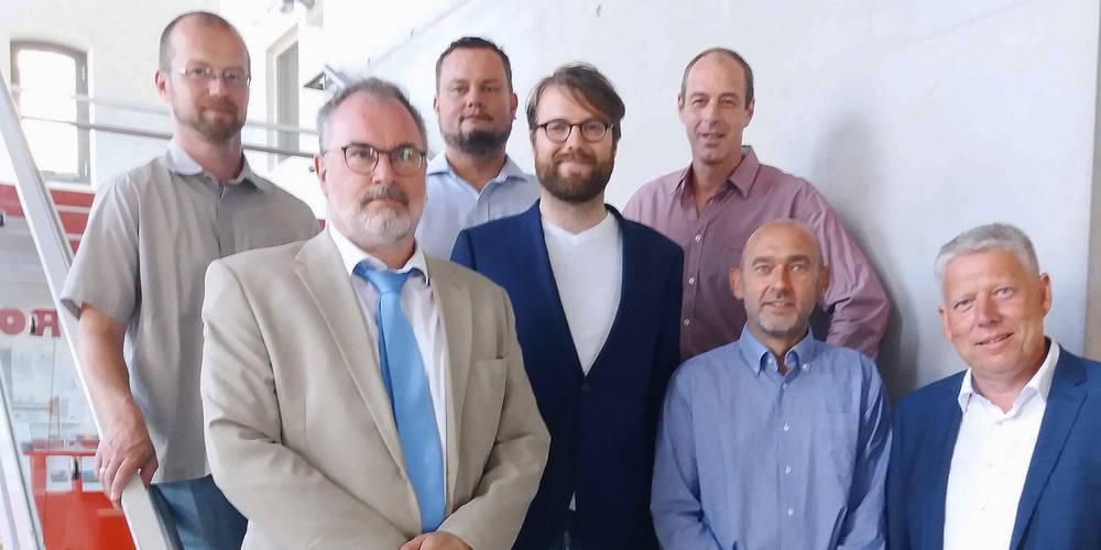 Die Vorsitzenden der sieben Fraktionen im Kreistag Nordwestmecklenburg (v.l.n.r.): Björn Griese (DIE LINKE), Christoph Grimm (AfD), Renè Domke (FDP), Mathias Engling (Bündnis 90/ Die Grünen), Christian Albeck (SPD), Dietmar Hocke (LUL) und Thomas Grote (CDU)