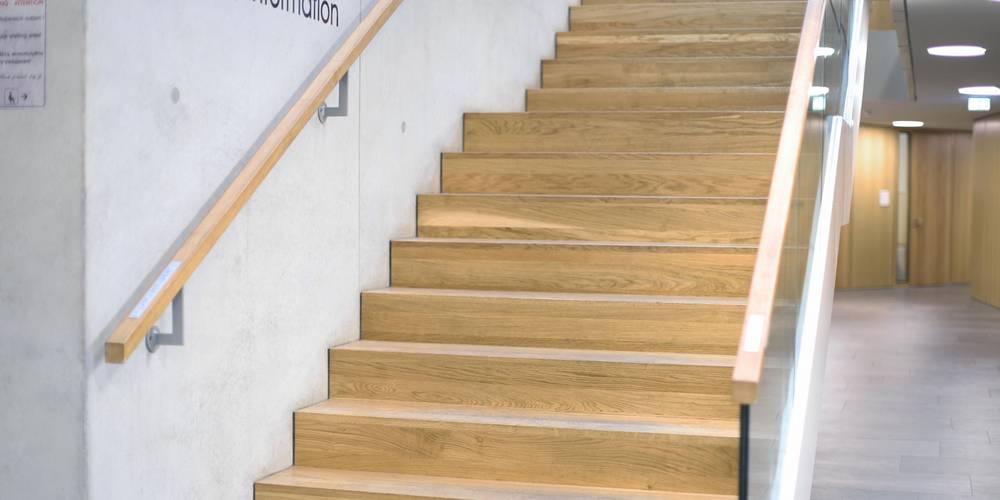 Das Treppenhaus im neuen Verwaltungsgebäude Wismar