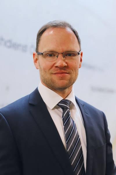 Herr Dr. Roland Finke, Leiter der Stabstelle Wirtschaftsförderung, Regionalentwicklung und Planen